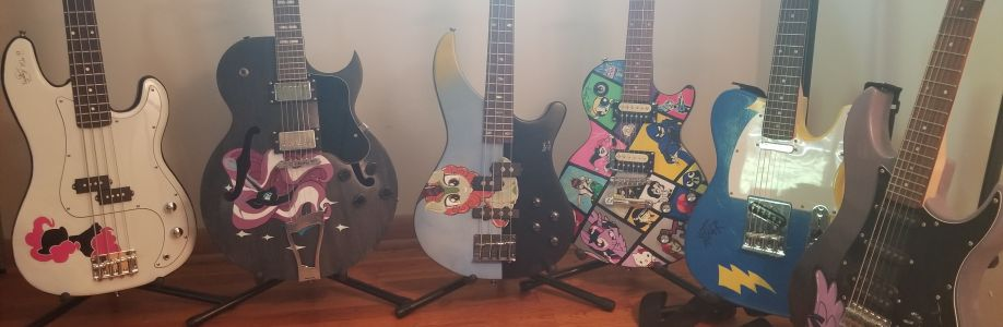 VCustomGuitars Cover Image