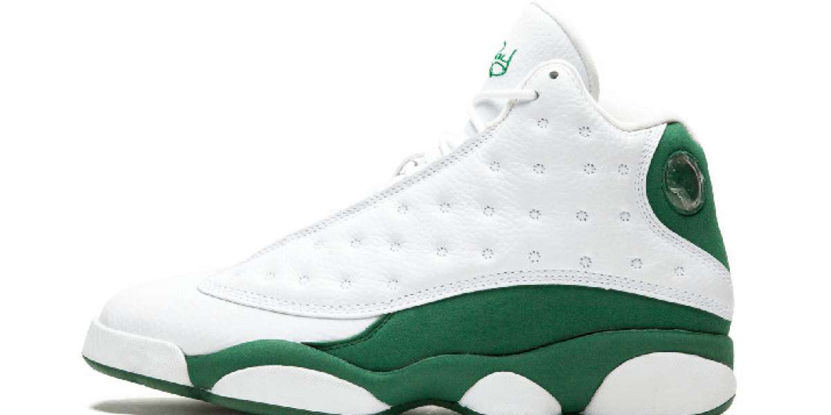Just like Ray Allen PE! White and green Air Jordan 13 will be released on September 26